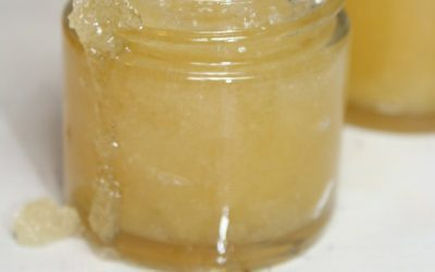 Soothe and moisturize dry, chapped lips with this easy lemon lavender honey lip scrub!