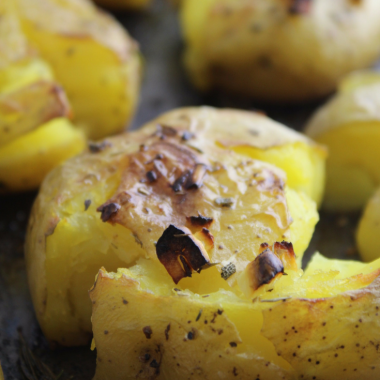 Lemon and Garlic Smashed Potatoes