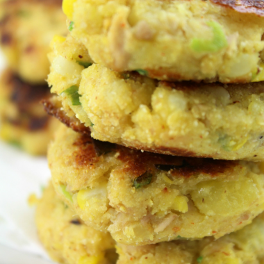 Potato Tuna Patties (Quick, Healthy and Easy)