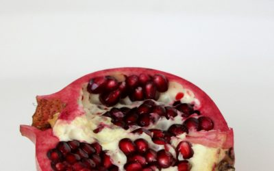 Pomegranate juice is rich in vitamins and antioxidants and can be easily made from fresh pomegranates in just a matter of minutes. #pomegranate