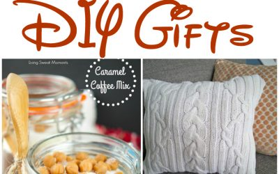 Over 20 Homemade DIY gifts from candied pecans to caramel coffee mix, candles and even cuddle blankets - perfect for people of all ages!  #Christmas #Gifts #DIY #HomemadeGifts