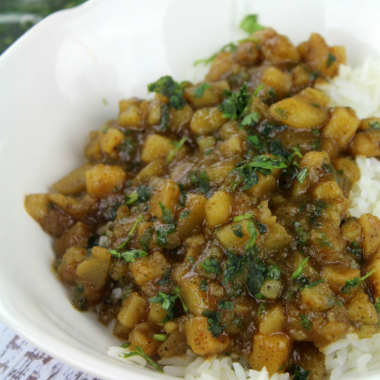 Easy Potato Curry (Vegetarian and Vegan Friendly)