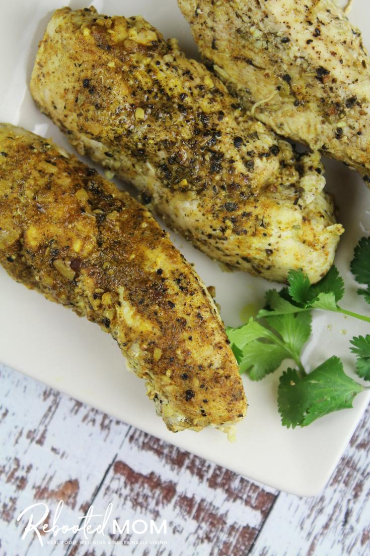 Instant Pot Chicken Breasts: Cook up healthy, most, and delicious chicken breasts in your Instant Pot in just minutes! #InstantPot #chicken #chickenbreasts #pressurecooker #boneless #healthy