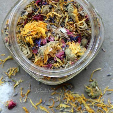 Relaxing Herbal Bath Soak