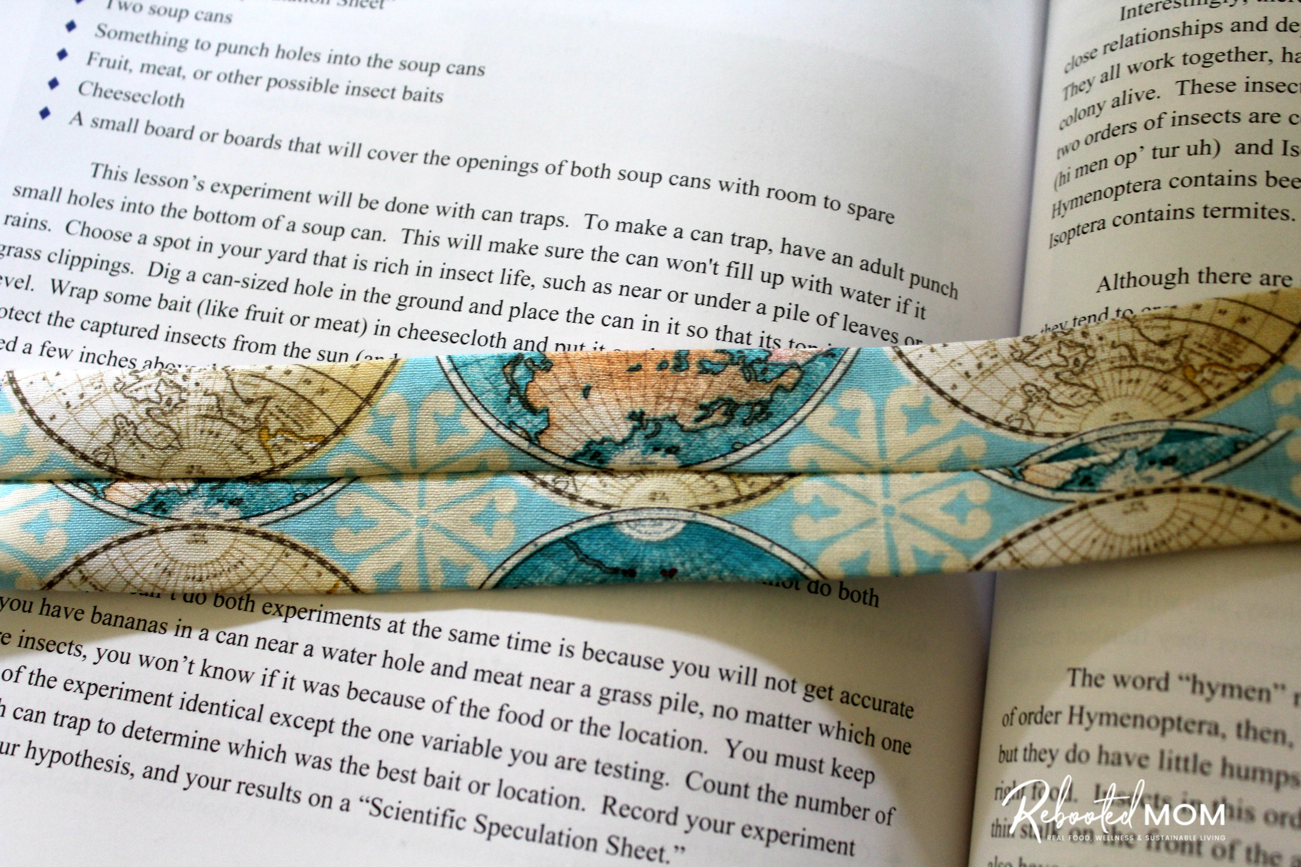 5-minute sewing project -- Fabric Bookmark