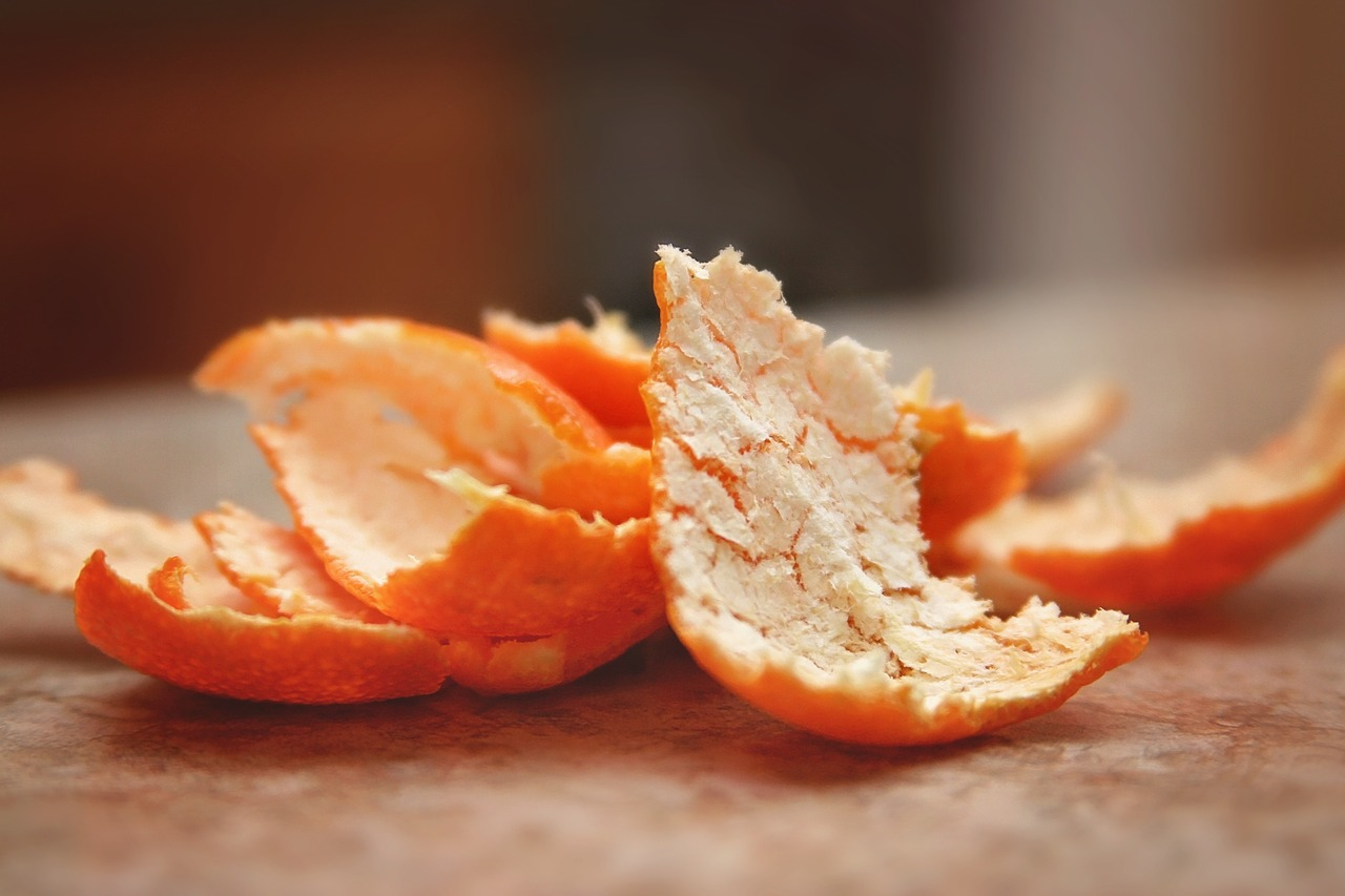Orange rinds \\ This  natural orange spray is simple to make and an effective way to prevent aphids from taking over your favorite plants.