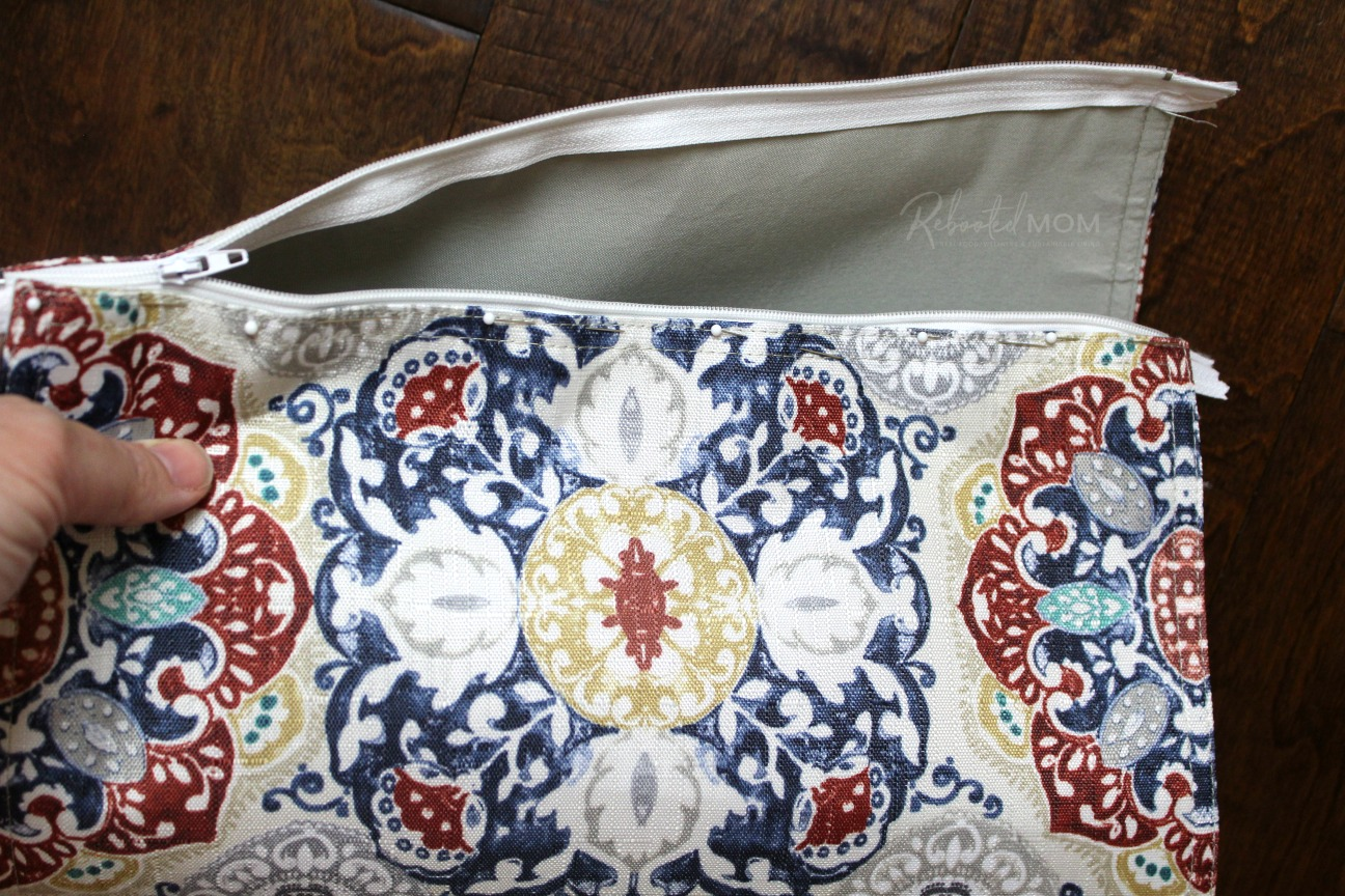 Placemat cosmetic bag