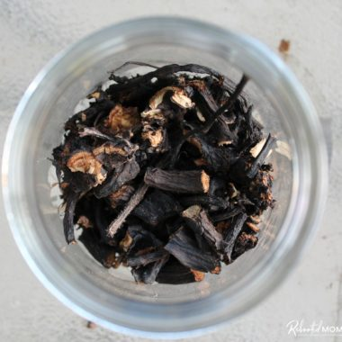 How to Dehydrate Comfrey Root