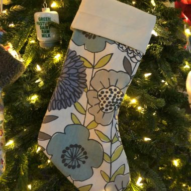 Easy 10-Minute Christmas Stocking Pattern