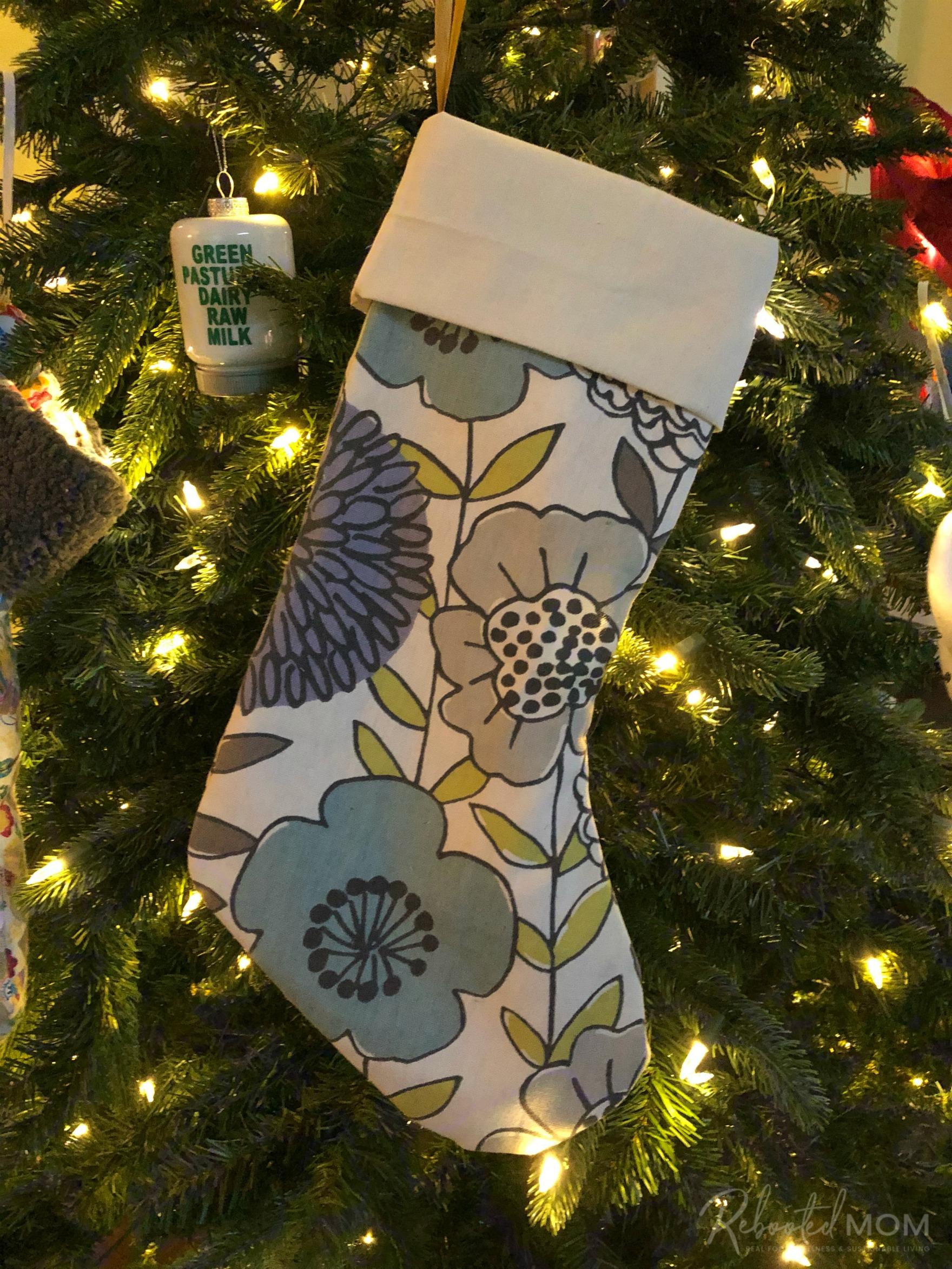 Easy 10-Minute Christmas Stocking